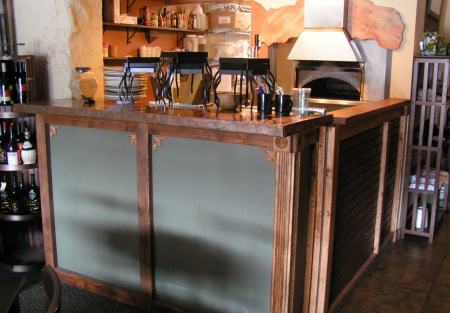 Charming and Classic Urban Pub & Brickstone Oven Grub with Seller Financing Available!!!