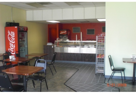 San Diego Restaurant for Sale: 5 Day Deli in busy business district - LOW RENT!