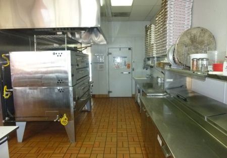 Take-out Pizza and Italian in busy College area center