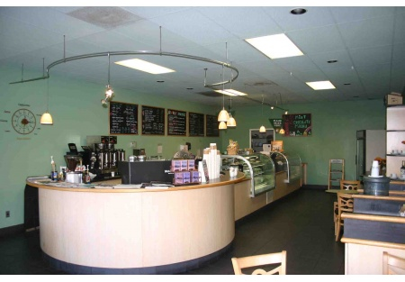 High Traffic Coffee house/ bakery/deli with good sales and great location