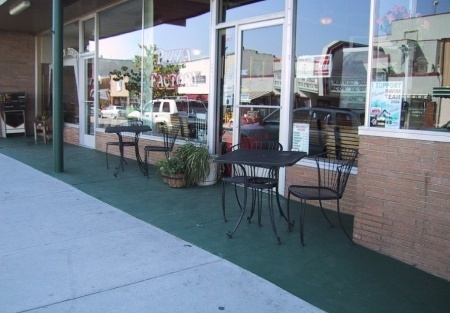Franchise Pizza Restaurant For Sale in Quincy California With Real Estate Plus Retail Leased Spaces