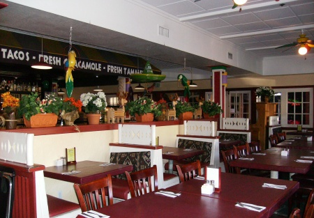 Mexican Bar and Grill with Full Liquor License in Beach Community