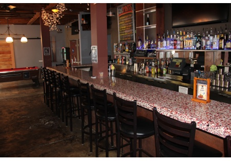 Hillcreast Bar and Restaurant For Sale