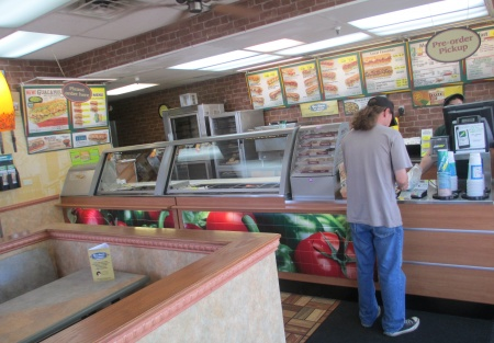 profit margins for subway Now we have to deal with some 400 subway owners signing a petition protesting  $5 foot  i do understand restaurant profit margins are low.