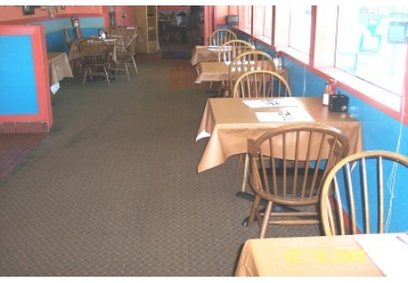 Very Busy Family Style Restaurant In An Excellent Location