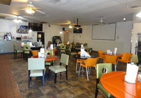 Low Price Mexican Restaurant - Low Rent - Beer and Wine!