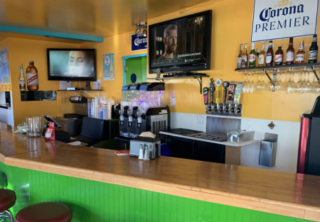 Cheap San Diego Beach restaurant, Low Rent, Beer/Wine + Lg. Patio Area