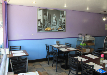Bring your concept to this Beach area restaurant- high traffic area