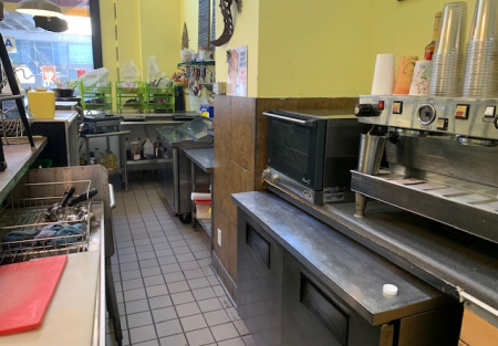 Downtown San Diego M-F deli/cafe high volume-good rent big net income!