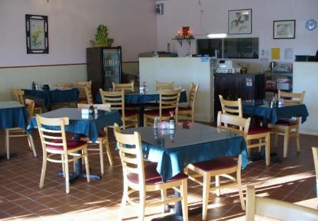 Restaurant in Folsom Strip Center is Prefect for family
